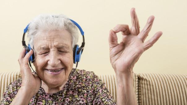 La tecnología, la aliada en el bienestar de las personas Mayores